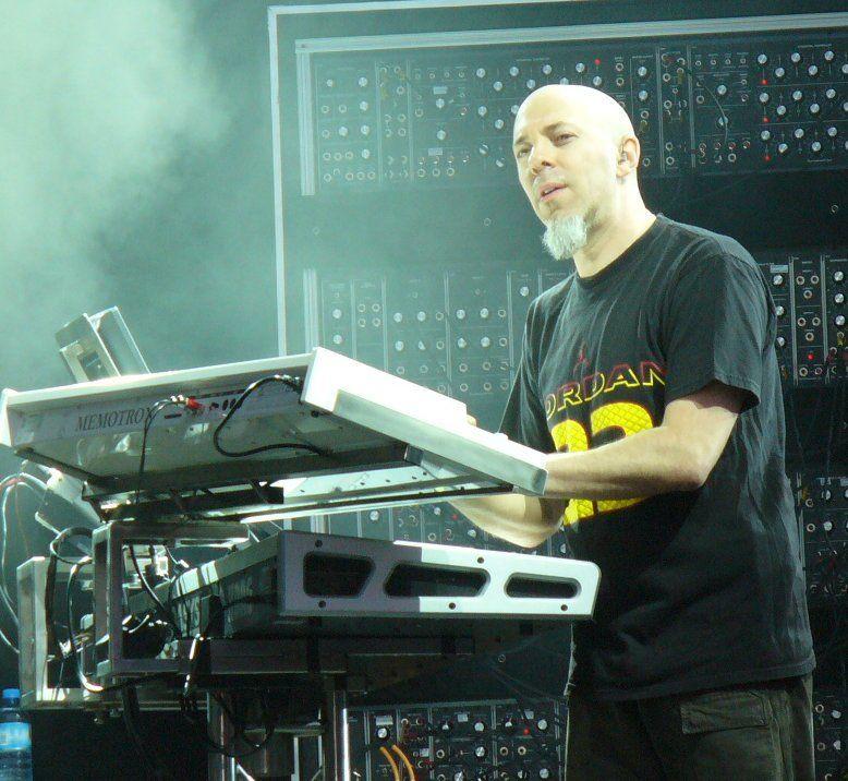 Jordan_Rudess2_(H.I)